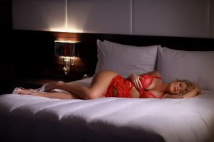 Enriqueta mature escort girls
