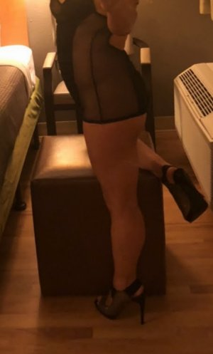 Alcida mature escort girl