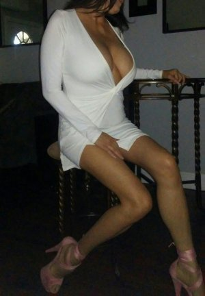 Tressie mature outcall escort